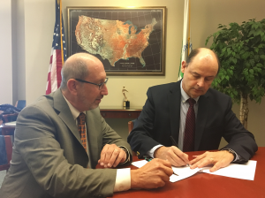 APHL and EPA formalize environmental health partnership | www.APHLblog.org
